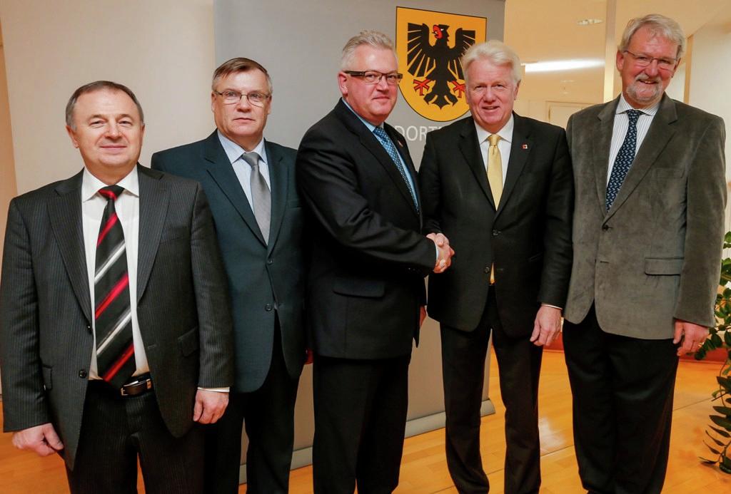 IBB baut Brücke zwischen den Städten Dortmund und Minsk