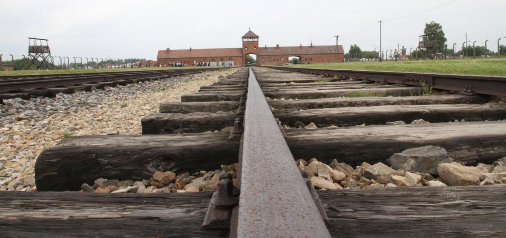 Bildungsreise macht Erinnerungsarbeit in Polen, Deutschland und Belarus zum Thema