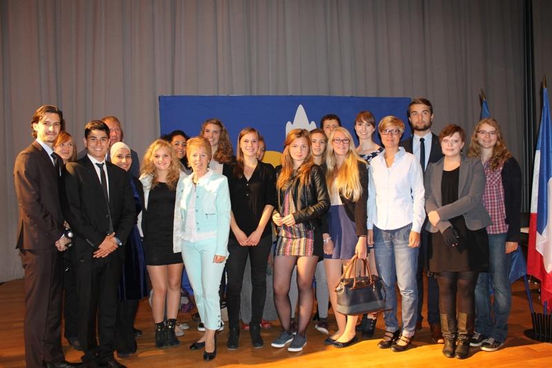 Deutsch-französisch-polnischer Jugendgipfel in Lens: Europaministerin Schwall-Düren unterzeichnet Trilaterale Erklärung