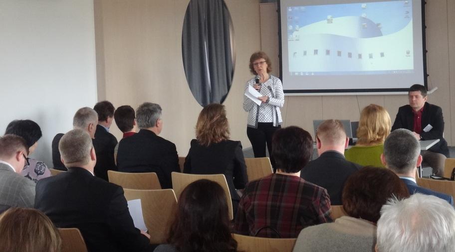Intensiver Gedankenaustausch über lokale Strategien zur Nachhaltigkeit