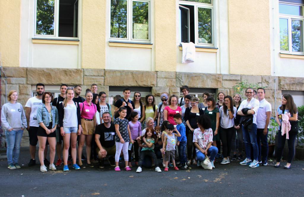 """16. Jugendgipfel im Rahmen des Weimarer Dreiecks widmet sich intensiv dem Thema """"Flucht und Vertreibung – damals und heute"""""""