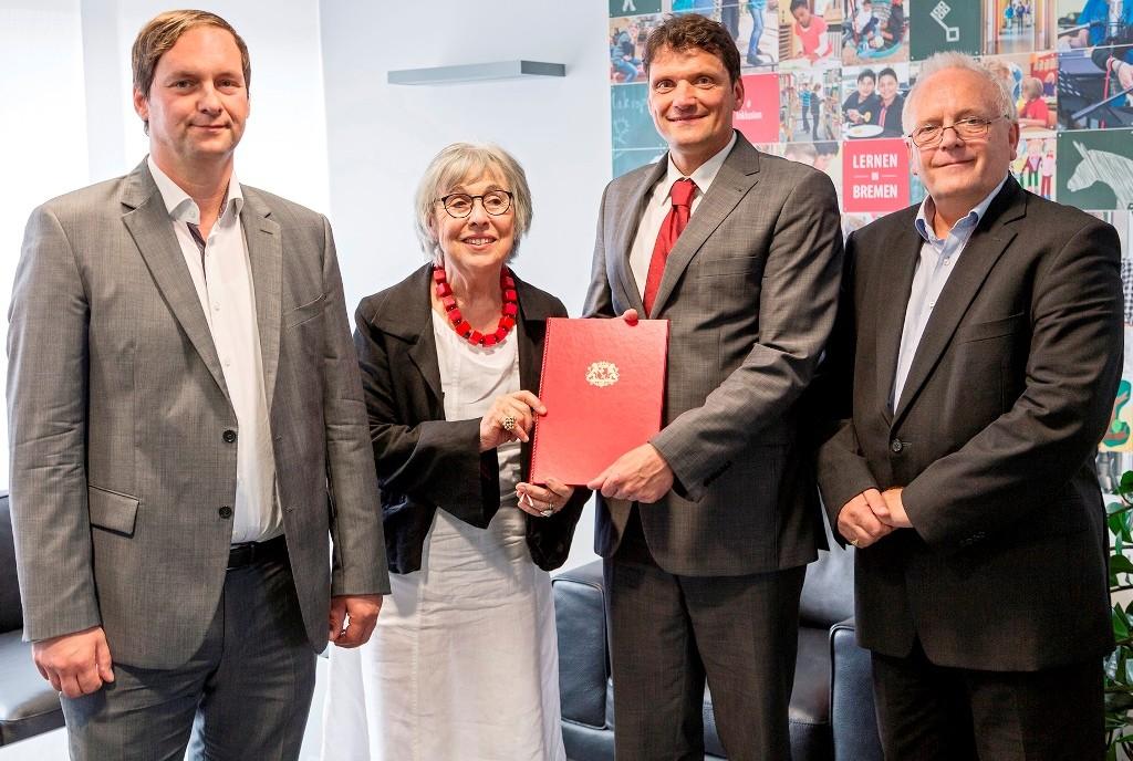 Kooperationsvereinbarung unterzeichnet: Bremen unterstützt Klassenfahrten zu Lernorten des Holocaust
