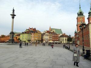 Ansicht der Warschauer Altstadt mit Blick auf das Schloss