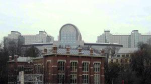 Blick auf EU-Parlament und Kommissionsgebäude in Brüssel