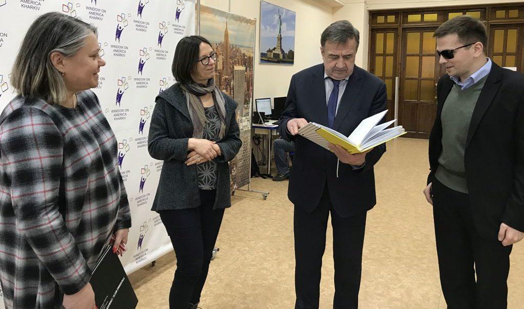 Geschichtswerkstatt Tschernobyl präsentiert innovative Ansätze zur Verbesserung der Bildungschancen von jungen Menschen mit Sehbehinderungen