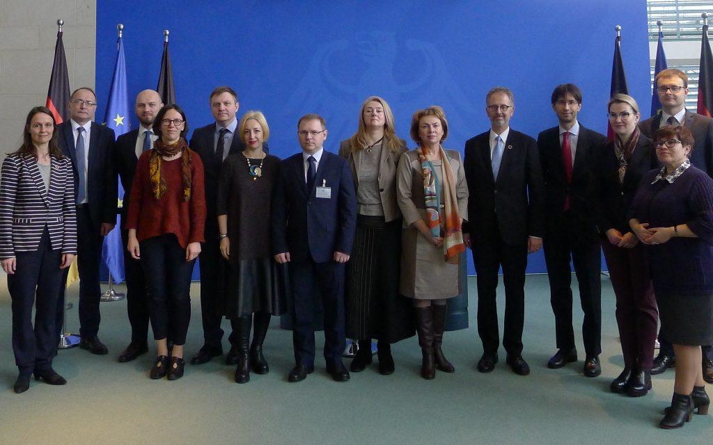 Hochrangige Delegation aus Belarus mit dem IBB Dortmund im Kanzleramt