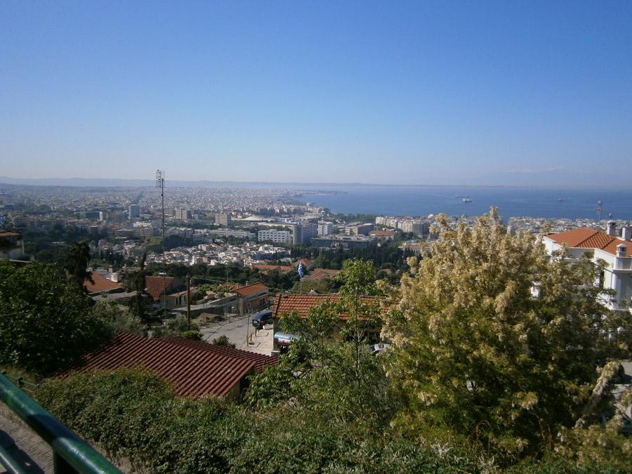 Flüchtlingssituation in Griechenland inakzeptabel. E4R Projekt- und Fachkräftegruppe zurück aus Thessaloniki