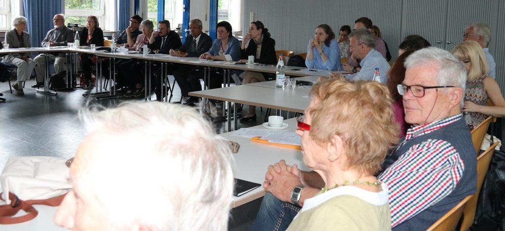 IBB-Treffen bereitet auf die Gedenkreise zur Übergabe des zweiten Bauabschnitts im Wald von Blagowschtschina vor
