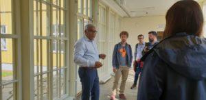 Balasubramaniam Venkatasamy, Leiter des Reception Centers im Stadtteil Reftsad, präsentierte das Konzept der Einrichtung.
