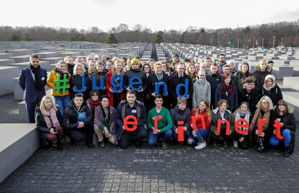 Kick-off-Veranstaltung zu Jugend erinnert international im Livestream mit IBB-Projektbeteiligten