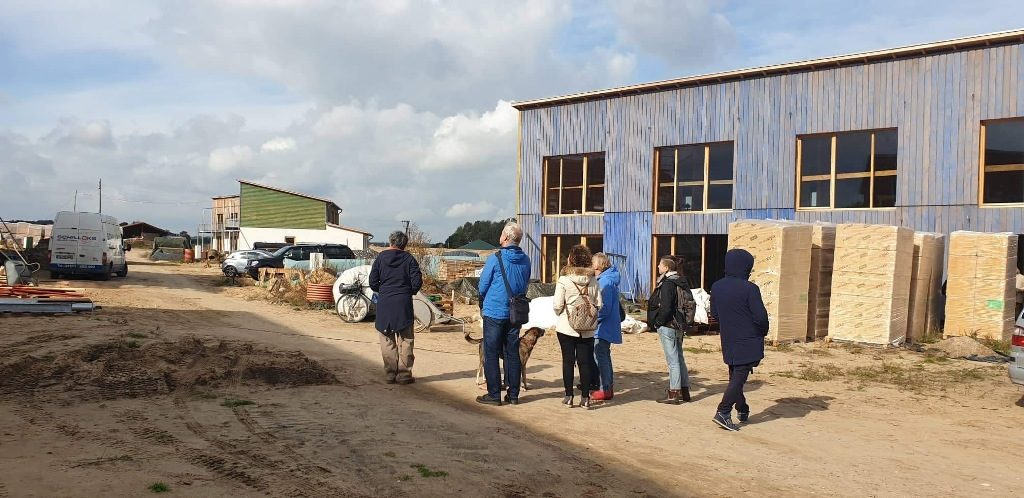 """Siebte Lernaktivität im Projekt """"Europe4refugees – follow the routes"""" führt zur Hitzacker/Dorf Genossenschaft nahe Gorleben"""