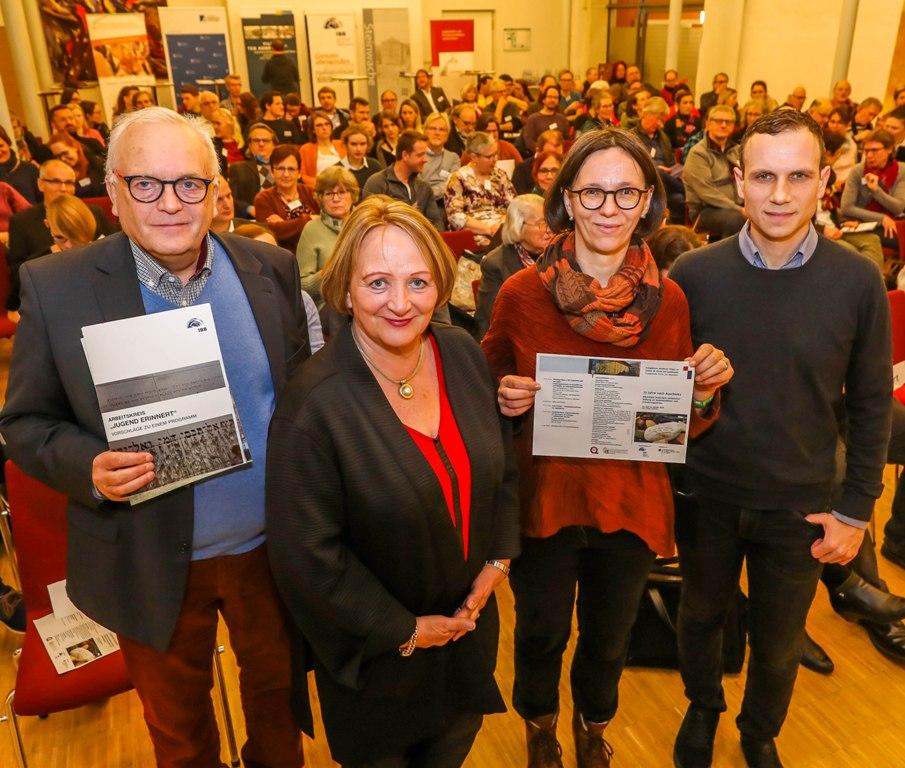 """""""Der Antisemitismus war nie weg"""" –  Antisemitismusbeauftragte des Landes Nordrhein-Westfalen, Sabine Leutheusser-Schnarrenberger, eröffnet Tagung """"75 Jahre  nach Auschwitz"""""""