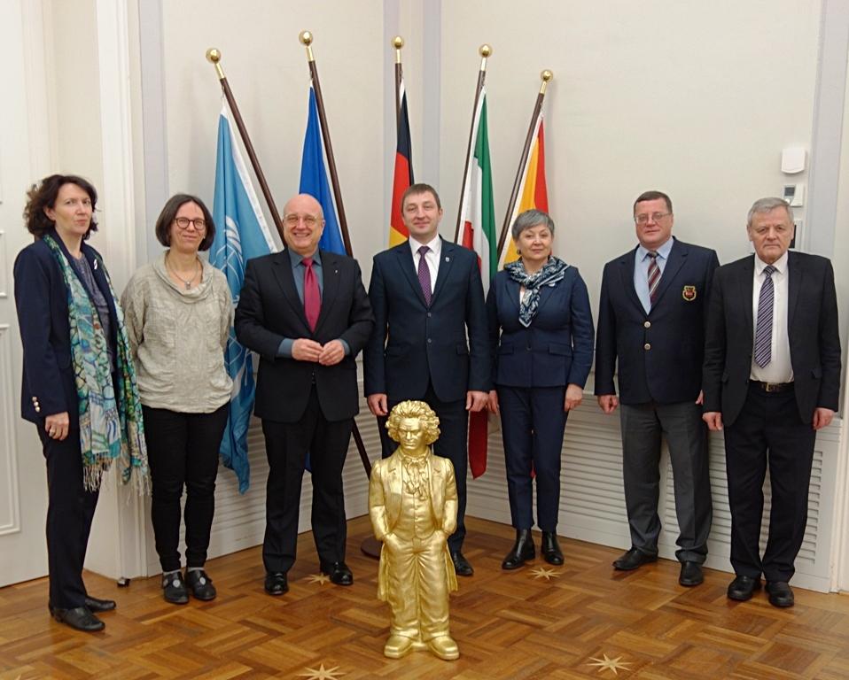 Delegation aus Minsk gewinnt in der Partnerstadt Bonn wertvolle Einblicke in den inklusiven Arbeitsmarkt